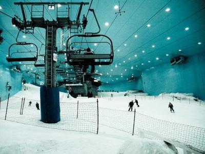 ski dubai- la pista de ski indoor mas grande del mundo