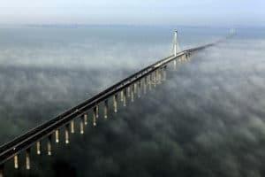 JiaoZhou Bay Bridge - El puente más largo del mundo
