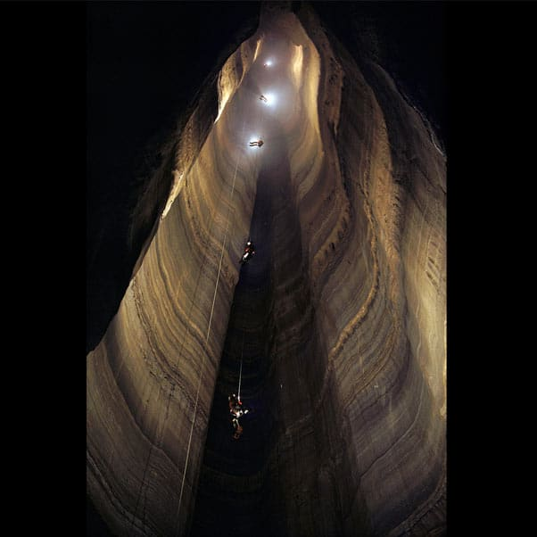 cueva-cuervos-krubera-cueva-mas-profunda-del-mundo