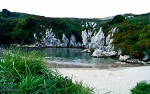 Playa Gulpiyuri - Llanes (Asturias)