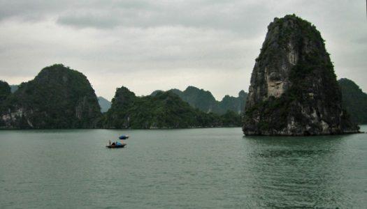 Bahía de Halong, visita obligada en Vietnam