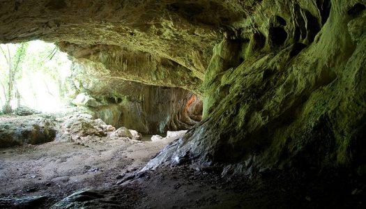 Conoce el Reino de Navarra y las cuevas de Zugarramurdi