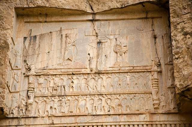 4-tumbas-gigantes-iran