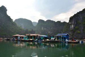 Viaje-a-Vietnam-para-conocer-la-Halong-Bay