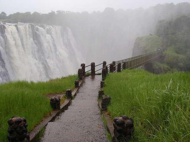 las cataratas vitoria en Zambia