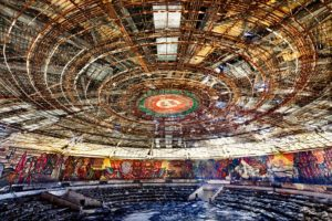 lugares abandonados - cúpula casa comunista bulgara