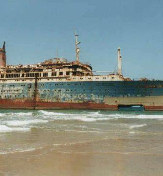 barcos abandonados SS América