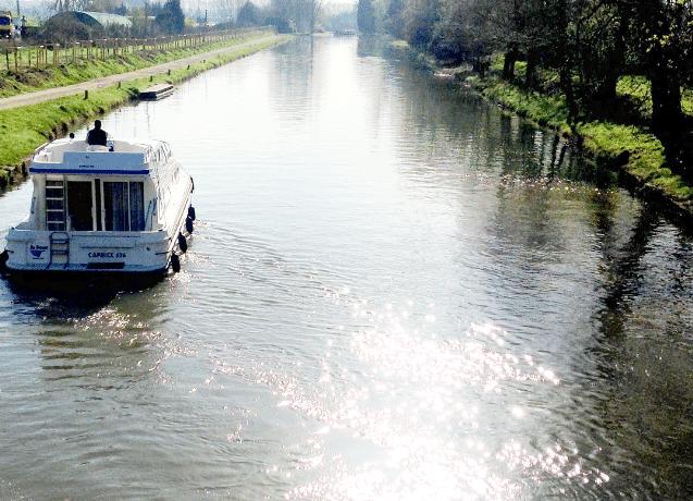 Navegar por el Canal de Midi