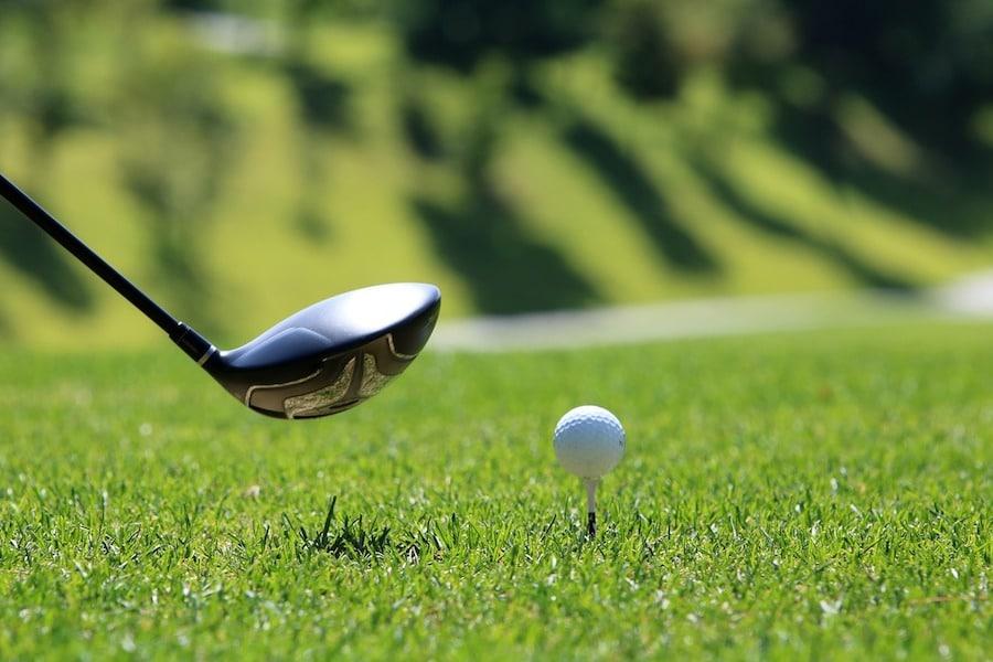 donde jugar al golf