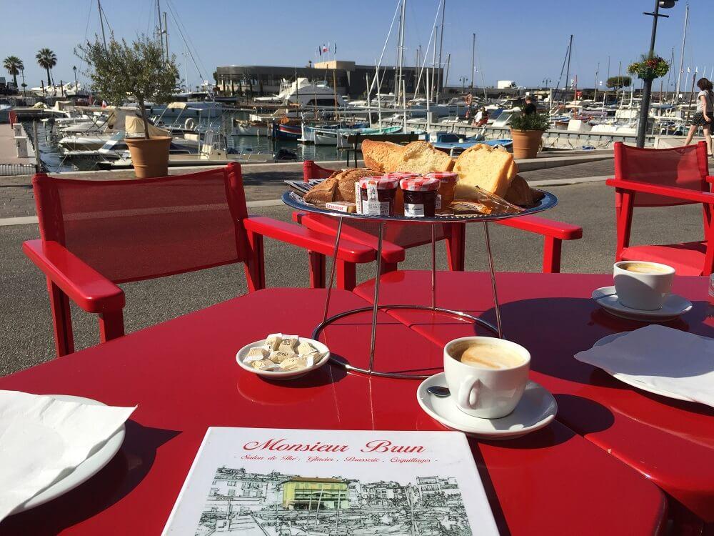 Restaurante en Cassis