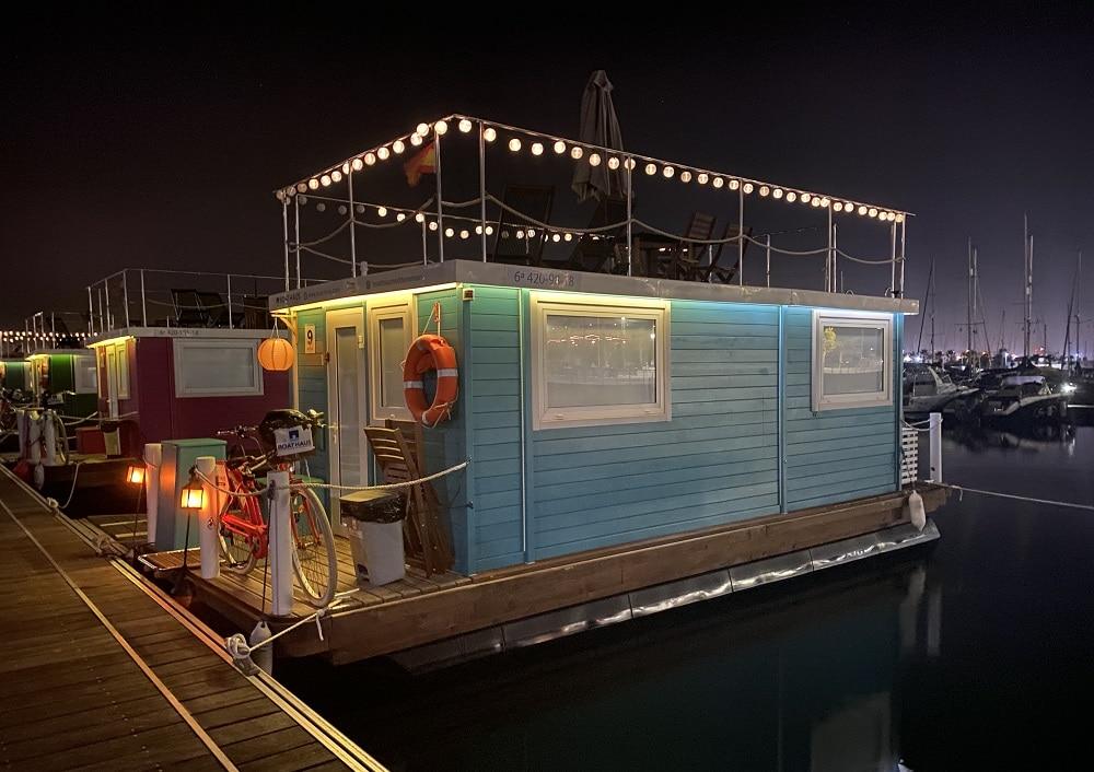 Boat Haus de noche